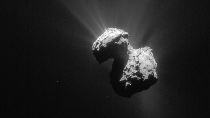 Комета Чурюмова — Герасименко. Фото ESA