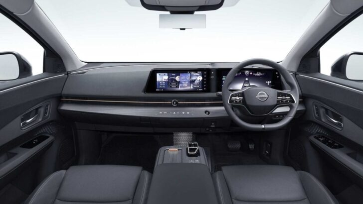 Nissan Ariya interrior. Фото Nissan