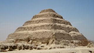 Пирамида фараона Джосера в Саккаре. Фото Olaf Tausch