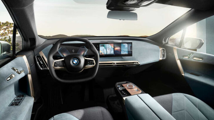 Интерьер BMW iX. Фото BMW