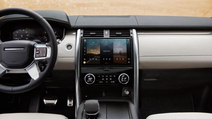 Интерьер Land Rover Discovery. Фото Land Rover