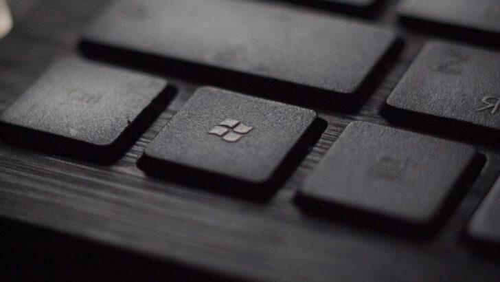 Кнопка Windows. Фото Tadas Sar / Unsplash