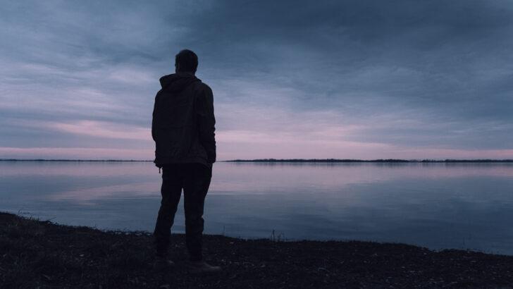 Одиночество. Фото Lukas Rychvalsky / Unsplash
