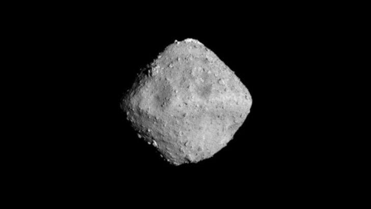 Астероид Рюгу. Фото JAXA