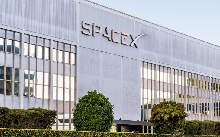Штаб-квартира SpaceX. Фото Sundry Photography/Shutterstock.com