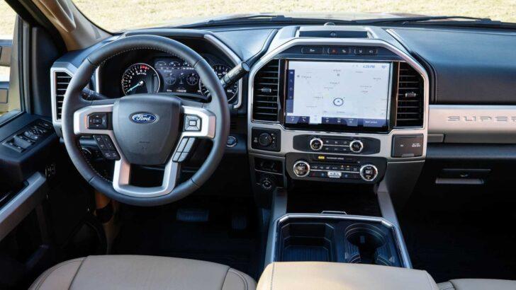 Интерьер Ford Super Duty. Фото Ford