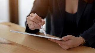 Письмо на планшете