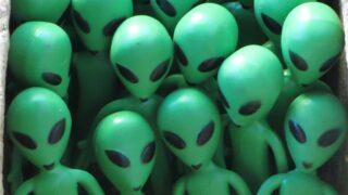 Фигурки инопланетян. Фото Interdimensional Guardians (CC BY 2.0)