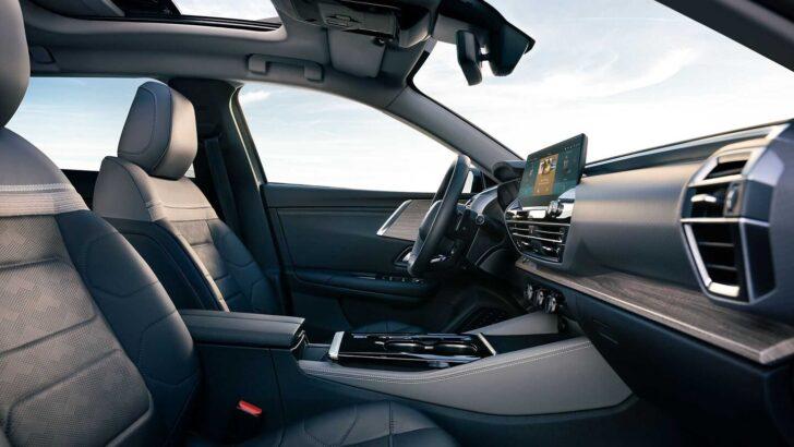 Интерьер Citroen C5 X. Фото Citroen