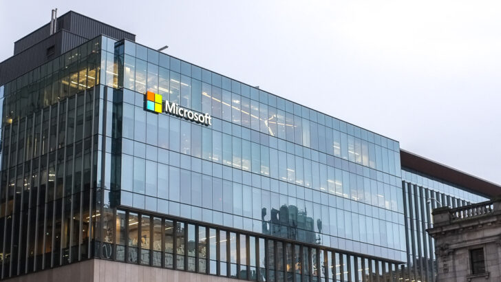 Microsoft. Фото Matthew Manuel / Unsplash
