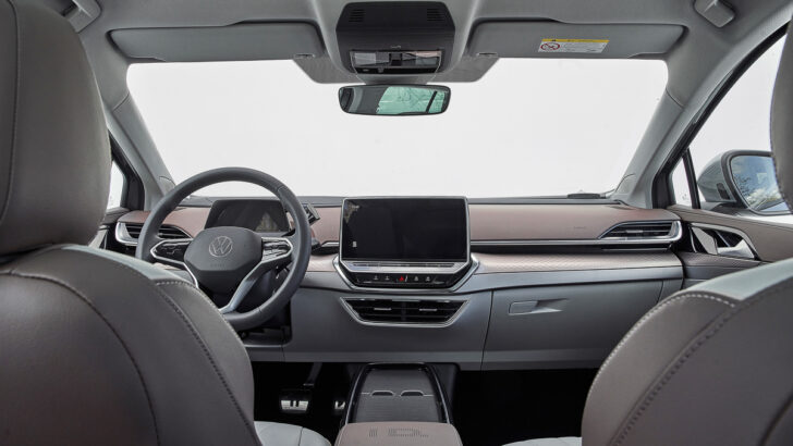 Интерьер Volkswagen ID.6. Фото Volkswagen