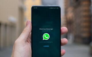WhatsApp. Фото Mika Baumeister / Unsplash