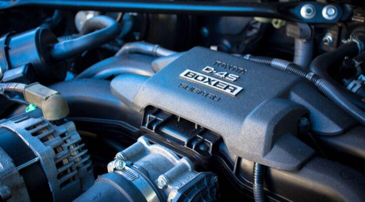 Двигатель Subaru. Фото Jayden Wong