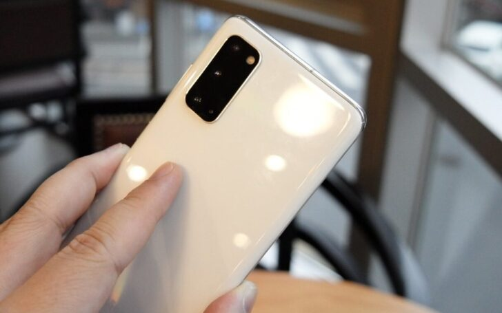 Samsung Galaxy S20. Фото Aaron Yoo (CC BY-ND 2.0)