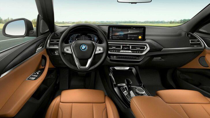 Интерьер BMW X3. Фото BMW
