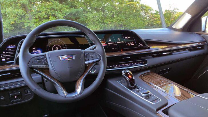 Интерьер Cadillac Escalade. Фото Cadillac