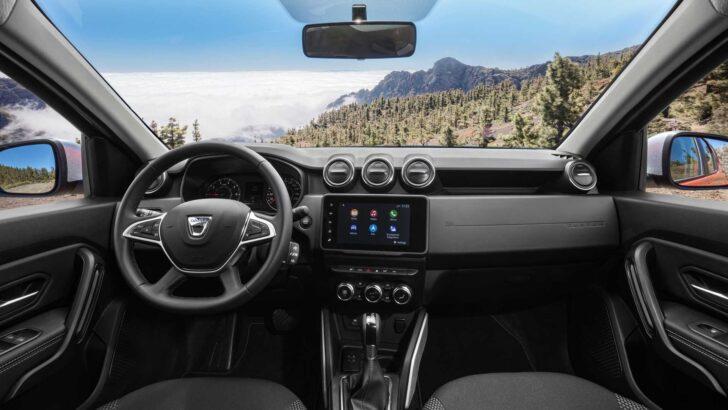 Интерьер Dacia Duster. Фото Dacia