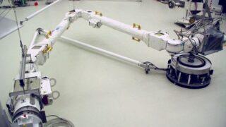 Робот-манипулятор ERA. Фото Airbus