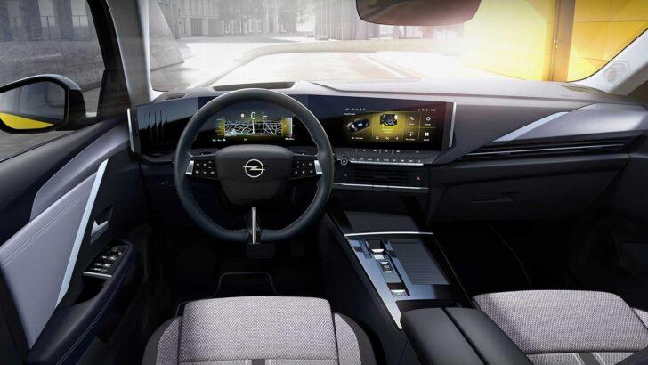 Интерьер Opel Astra. Фото Opel