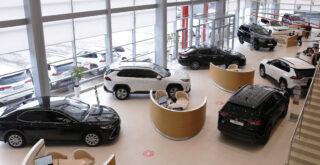 Автосалон Toyota. Фото Toyota