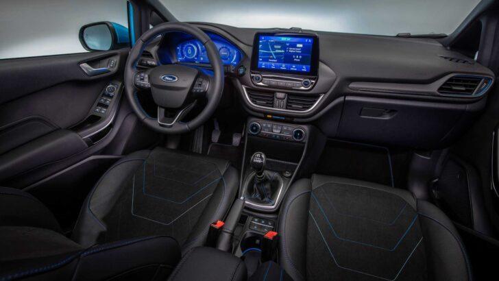 Интерьер Ford Fiesta. Фото Ford