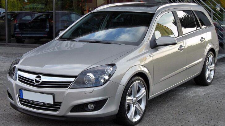 Opel Astra. Фото M 93