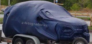 Renault Sandero под чехлом. Фото Avtograd News