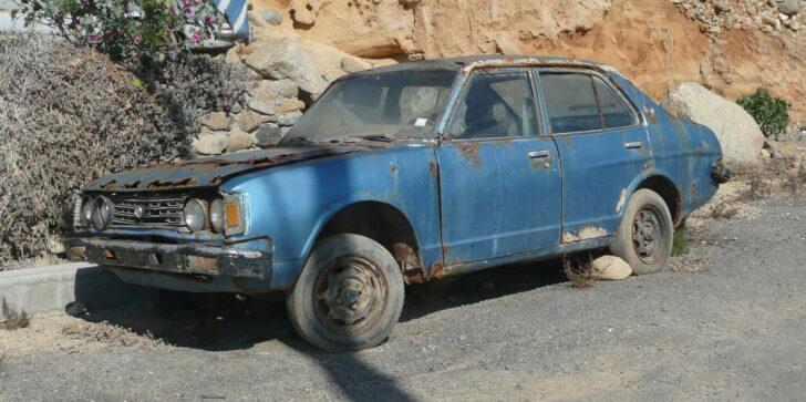 Ржавый автомобиль. Фото Alonso Inostrosa Psijas (CC BY-SA 2.0)